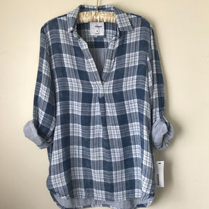 Button-Down Shirt Size S Womens